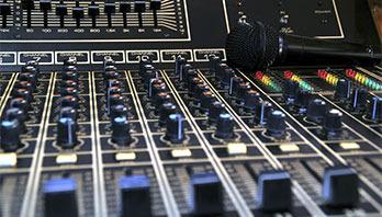 Avon Recording Studio Limited Logo