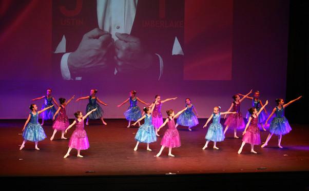 Island Dance photo 5