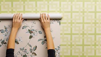 Royalty Wallpaper Logo