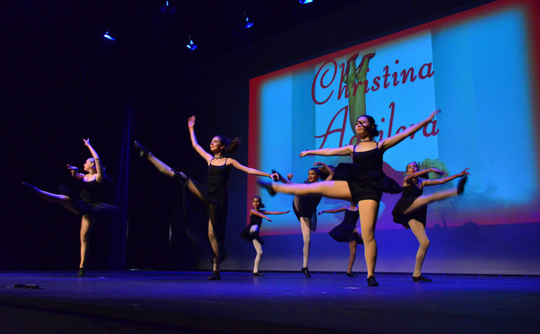 Island Dance photo 2