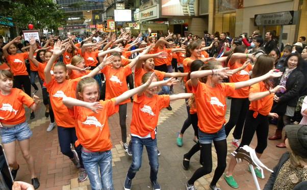 Island Dance photo 3