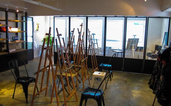 Studio 83 photo 5