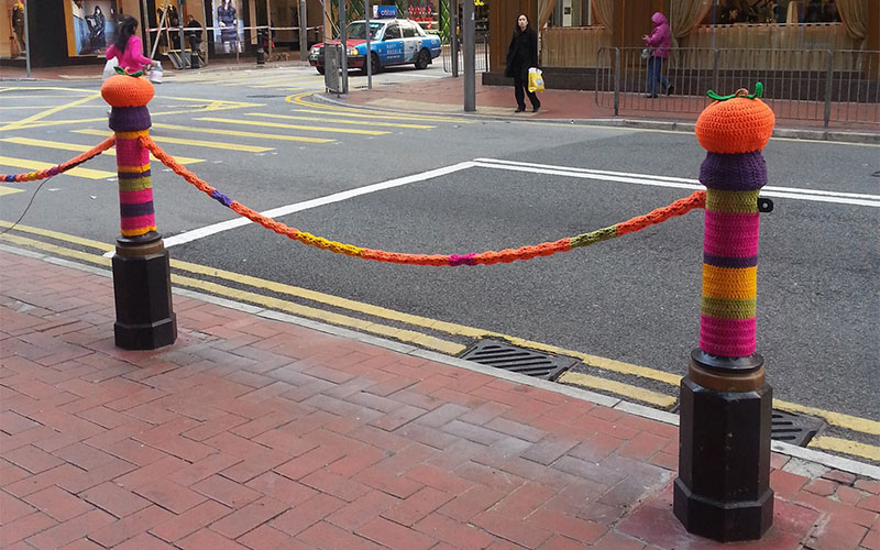 Knitting Yarn Hong Kong : Graffiti for grandmas yarn bombing hits hong kong